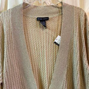 NWT~NY&Co Gold PulloverPlunge neck Sweater~L